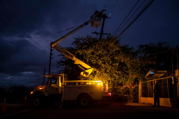Puerto Rico: grote stroompanne na brand