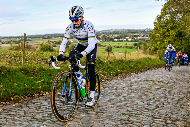 Julian Alaphilippe peut-il devenir le vainqueur le plus léger de l'histoire du Ronde ?