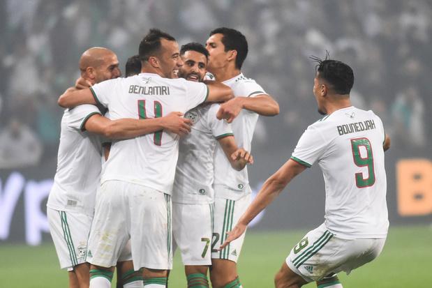 """Un amical Algérie-France organisé """"dans un futur proche"""""""