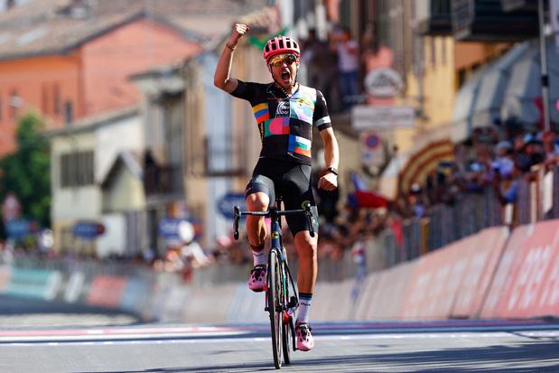 Giro: Bettiol pakt solo de zege in langste etappe