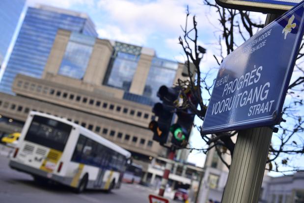Bientôt des tickets de trams et de bus (encore) plus chers aux heures de pointe?
