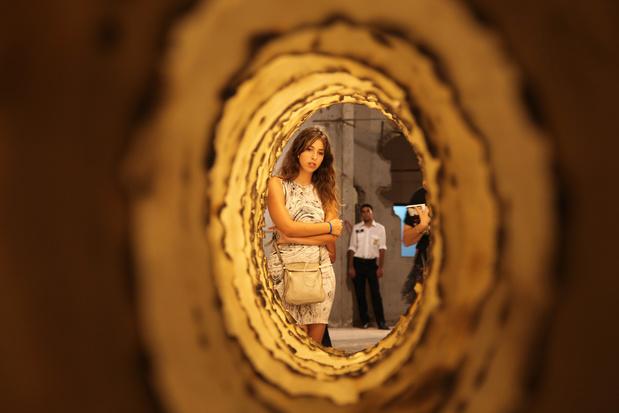 Et à part ça? De Bruxelles à Beyrouth, l'art témoin du temps par Hadja Lahbib (chronique)