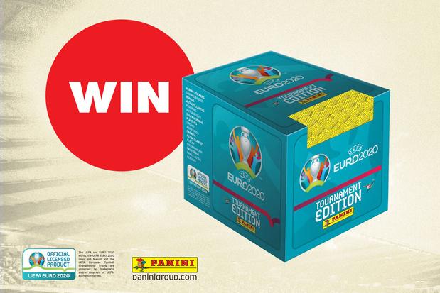 WIN een stickerbox met 250 Panini stickers