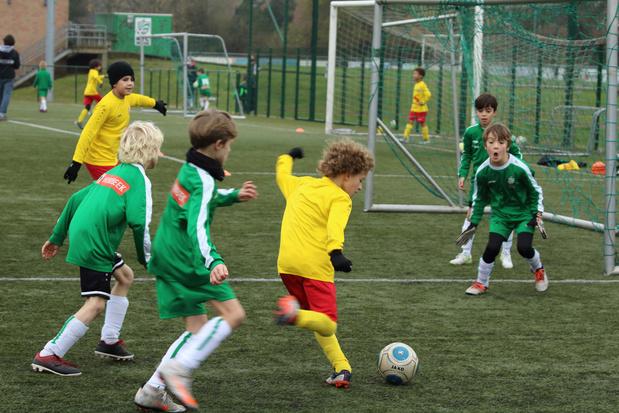 'Laat alle jonge spelers tenminste trainen'
