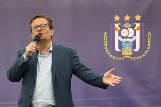 """Marc Coucke: """"Pas de changement de cap radical, nous soutenons le projet Kompany"""""""
