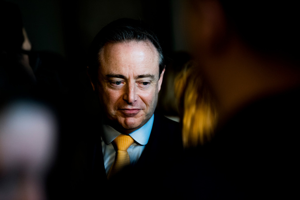 """Bart De Wever: """"La N-VA prend acte du diktat du PS qui veut des élections pour nous affaiblir"""""""