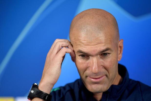 """Zidane """"gêné"""" par les rumeurs sur son avenir"""