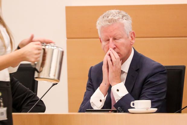 Affaire Chovanec: Jan Jambon était au courant, Pieter De Crem n'a pas été briefé