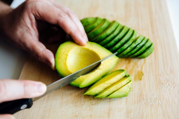 Avocado's Colruyt week langer houdbaar door 'tweede schil'