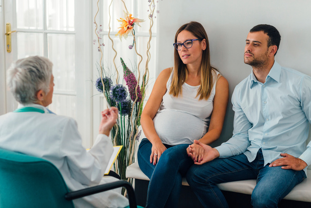 KCE pleit voor universeel en geïntegreerd prenataal zorgpad