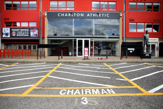 Charlton glijdt verder af