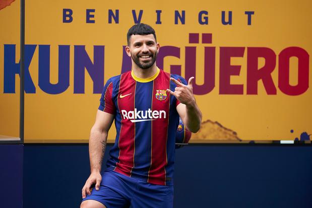 Ook dat nog: nieuwe Barcelonaspits Agüero tien weken out