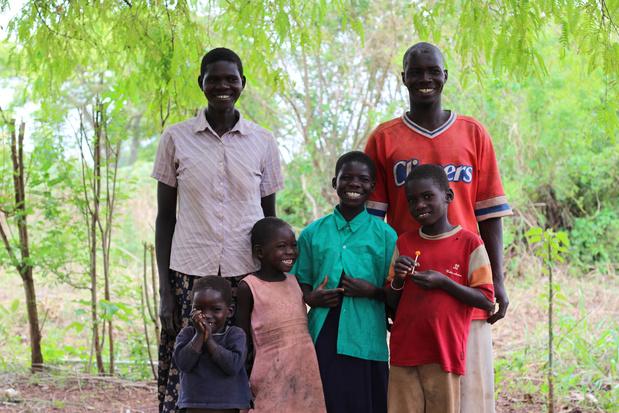 Vijf miljoen bomen in Afrika: Belgisch koppel geeft boeren duwtje in de rug