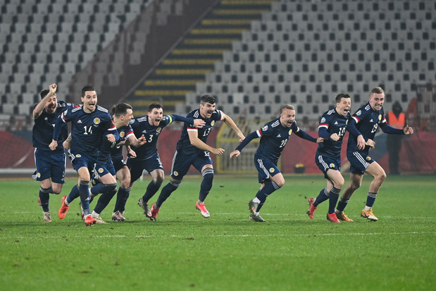 EK-kwalificaties: Hongarije, Noord-Macedonië, Slowakije en Schotland plaatsen zich na doldwaze avond