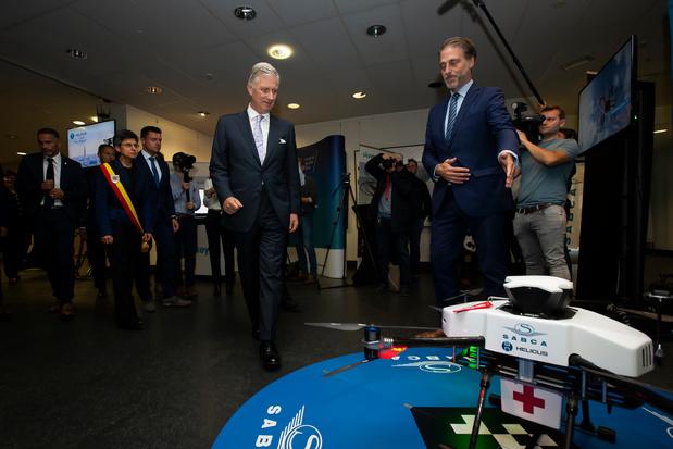 Koning ziet drone tussen Antwerpse ziekenhuizen niet vliegen