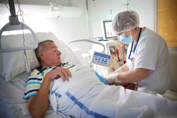 L'insuffisance rénale chronique augmente le risque de mortalité et de morbidité chez les patients VIH