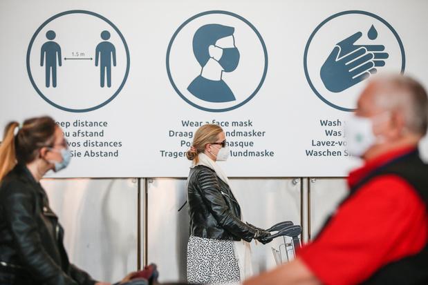 Un peu plus de passagers à Brussels Airport mais on est loin de vacances normales