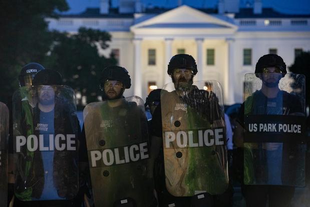 Mort de George Floyd: la déferlante de vidéos révélatrice d'Etats-Unis coupés en deux