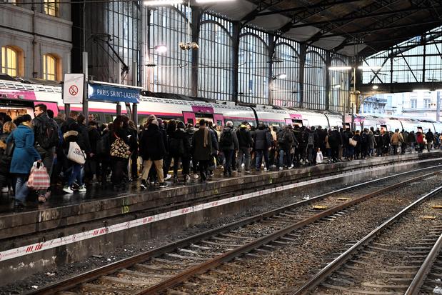Réforme des retraites en France: week-end à risques pour la SNCF et ses voyageurs