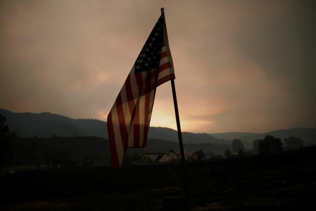 Bosbranden in Californië: 'We pakten onze tas en paspoorten en sprongen in de auto'