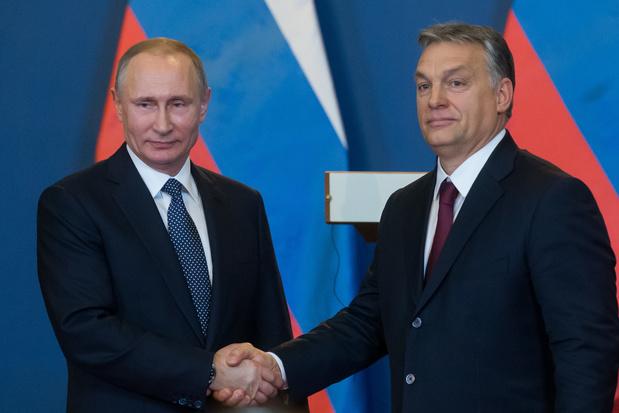 Poutine et Orban. Des Siamois? (carte blanche)