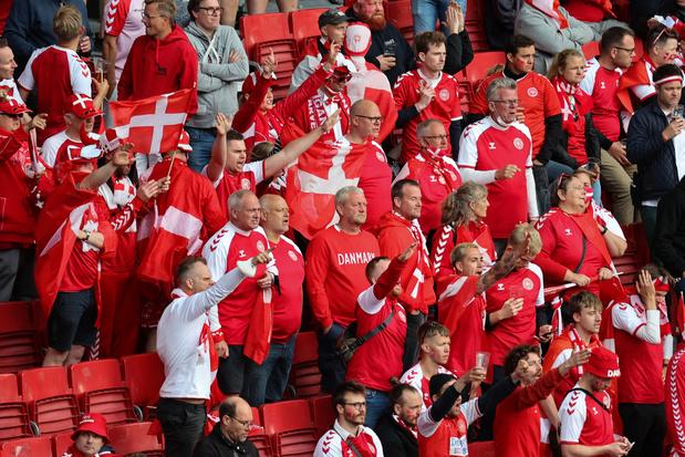 Deense voetbalfans gaan in tiende minuut tegen Rode Duivels applaudisseren voor Eriksen