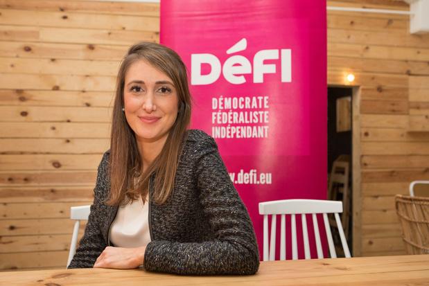 """Sophie Rohonyi (DéFi): """"Nous ne voterons pas des élections anticipées"""""""