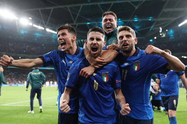 Waarom de Italianen in het blauw spelen
