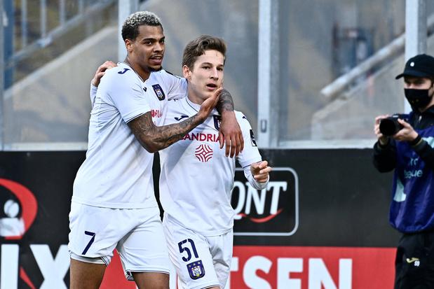 Anderlecht naar Champions' play-off, Gent naar Europe play-off na monsterzege