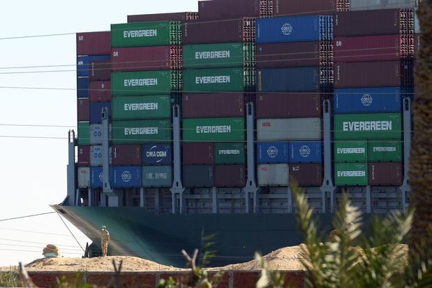 L'Égypte réclame 900 millions de dollars après le blocage du canal de Suez, l'Ever Given saisi