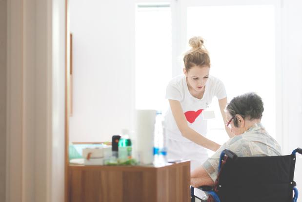 Zorgnet-Icuro vraagt meer flexibiliteit voor zorgpersoneel in WZC