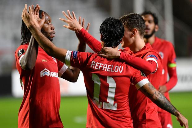Europa League: Antwerp stunt tegen Tottenham, Gent krijgt pak rammel van Hoffenheim, Standard verliest van Benfica