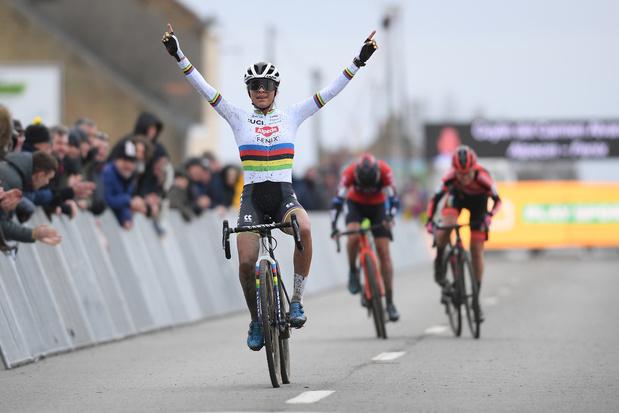 Alvarado sterkste in Noordzeecross en wint eindklassement Superprestige