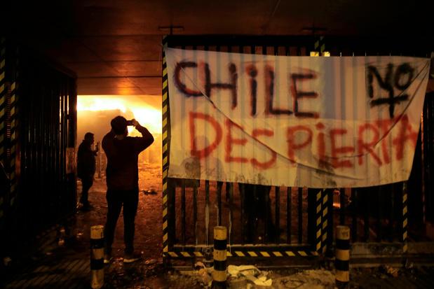 L'état d'urgence a été déclaré dans la capitale du Chili après de violentes manifestations
