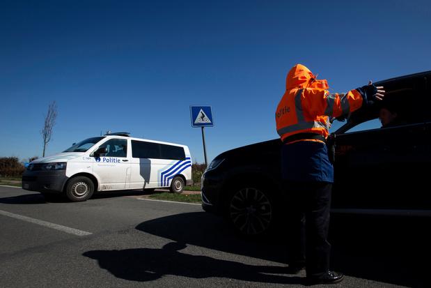 """Confinement en Belgique: """"Ce week-end, un conducteur sur sept ne respectait pas les règles"""""""