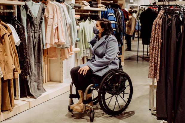 Kledingketen ZEB maakt winkels beter toegankelijk