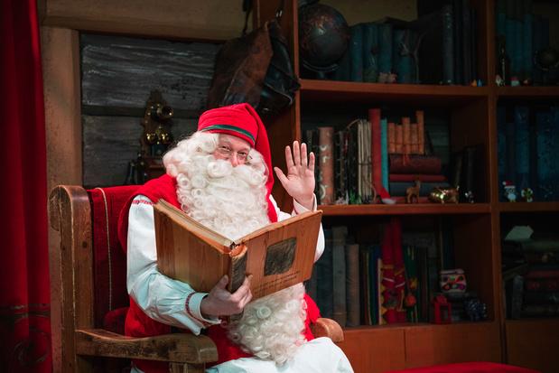 Les touristes, aubaine et malédiction au pays du père Noël