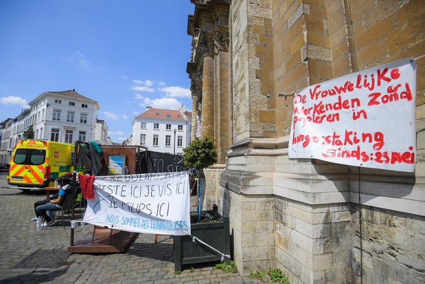 'Vooruitgang in gesprekken' tussen overheid en sans-papiers in hongerstaking