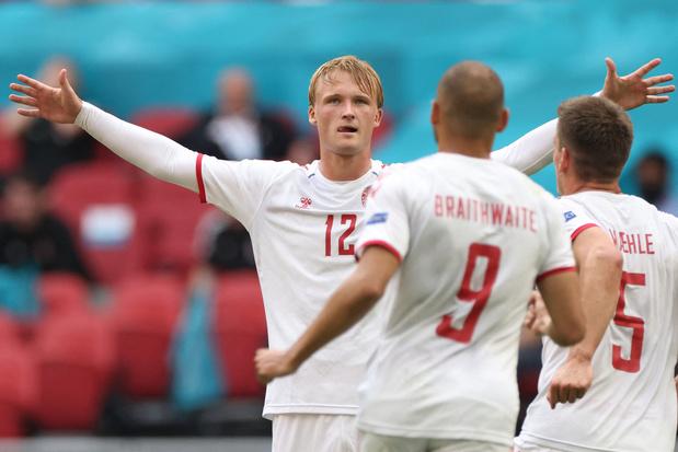 Denemarken gaat vlot voorbij Wales naar kwartfinale EK