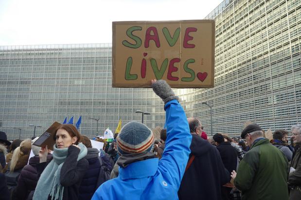 Manifestation à Bruxelles pour l'ouverture des frontières européennes aux migrants