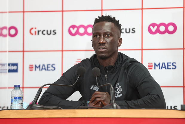 Van het Standard-DNA tot jeugdspelers: de presentatie van Mbaye Leye in vijf punten