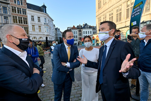 Startstreep WK wielrennen 2021 onthuld in Antwerpen