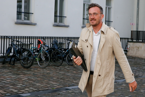 ACOD eist excuses van Pascal Smet na kritiek op aanpak rellen in Anderlecht