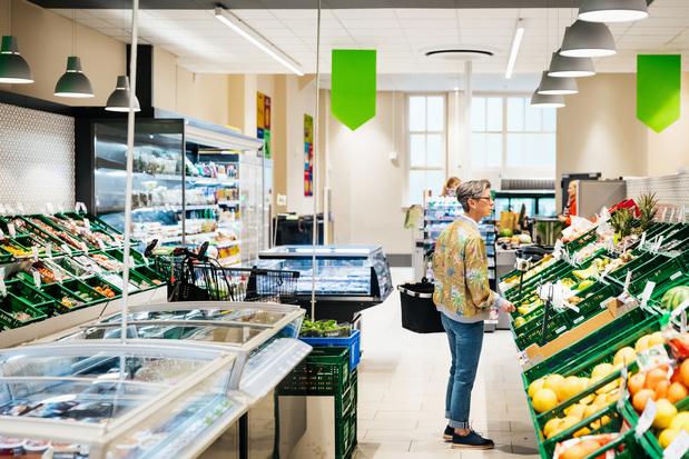 Supermarkten passen regels aan, maar blijven wel open