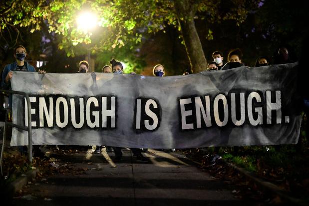 Philadelphia roept hulp Nationale Garde in na hevige protesten en vernielingen