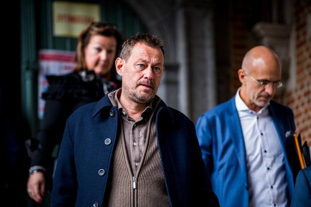 Procès de Bart De Pauw: un an de prison avec sursis probatoire requis contre le producteur de télévision