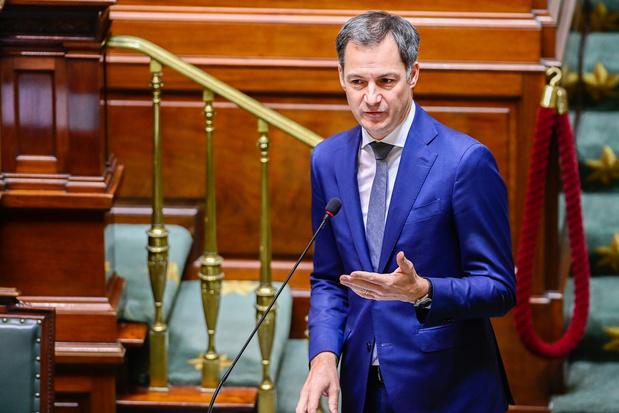 """Covid: """"Pas question de mener une politique irréfléchie"""", dit De Croo à la Chambre"""