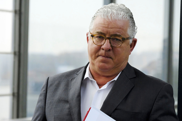 Jeroen Piqueur condamné à payer 20 millions aux curateurs d'Optima Bank