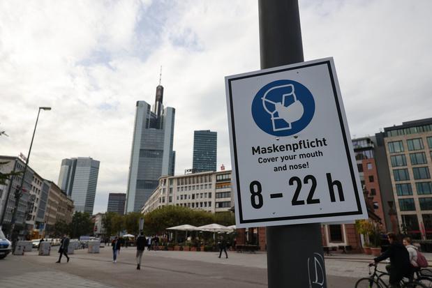 Coronavirus: l'Allemagne ferme des frontières malgré les critiques de l'UE