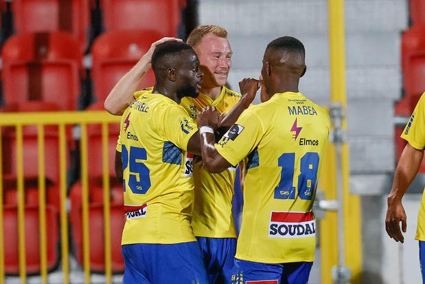 Na lockdownfeestjes: Oostende ontslaat doelman, Westerlo voorziet 'gepaste sanctie' voor betrapte spelers
